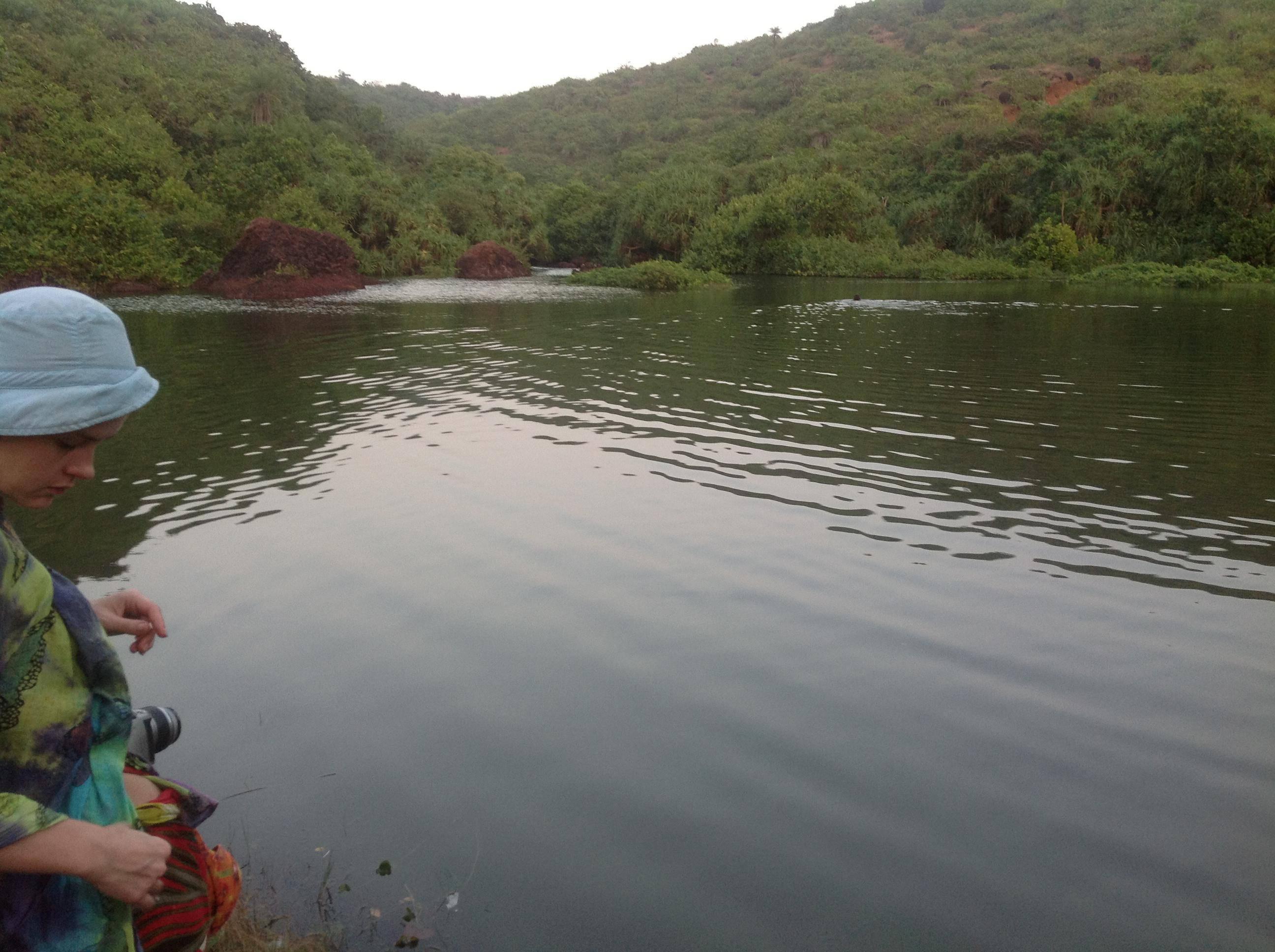 Пресный водоём около Океана